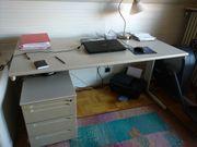 Großer und stabiler Schreibtisch höhenverstellbar