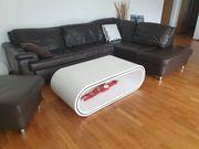 Echtleder Couch und Tisch