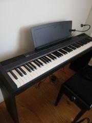 E-Piano Yamaha P105B