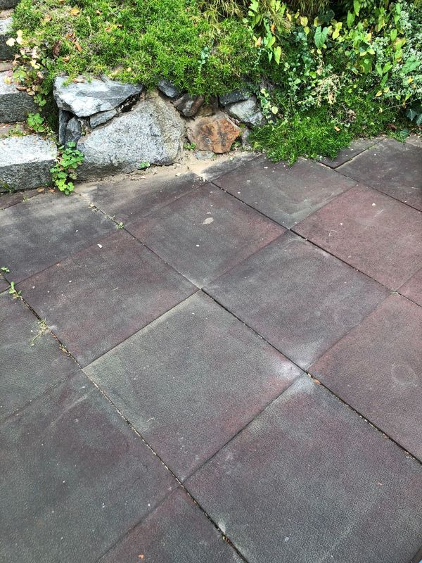 Fallschutz Betonplatten mit Gummibelag