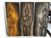 Triptychon betende Buddhas in Holz