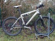 Fully Mountainbike Cube AMS comp