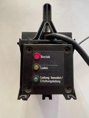 Elektronisches Ladegerät für Golftrolleys