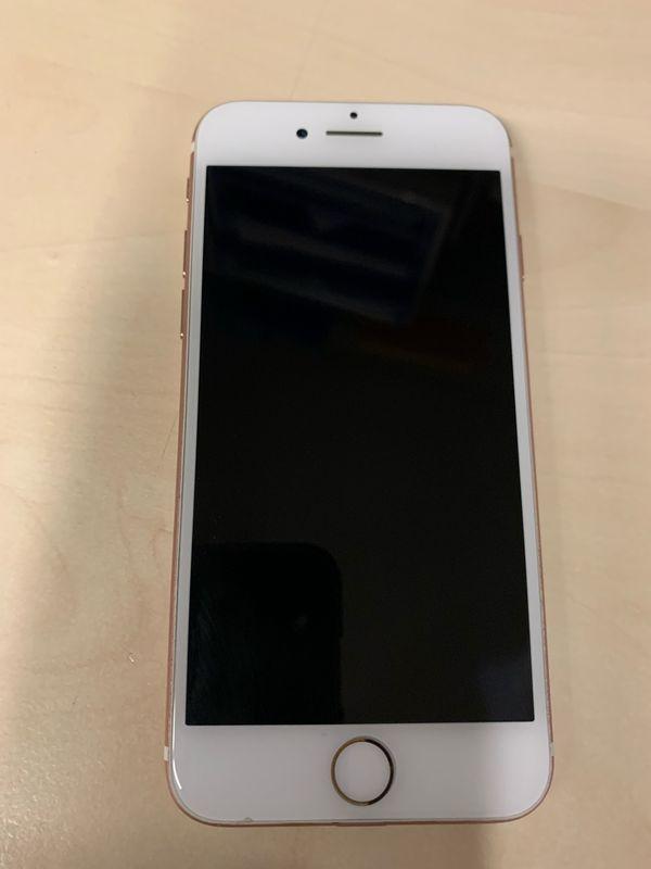 Apple iPhone 7 - 32GB- Rose