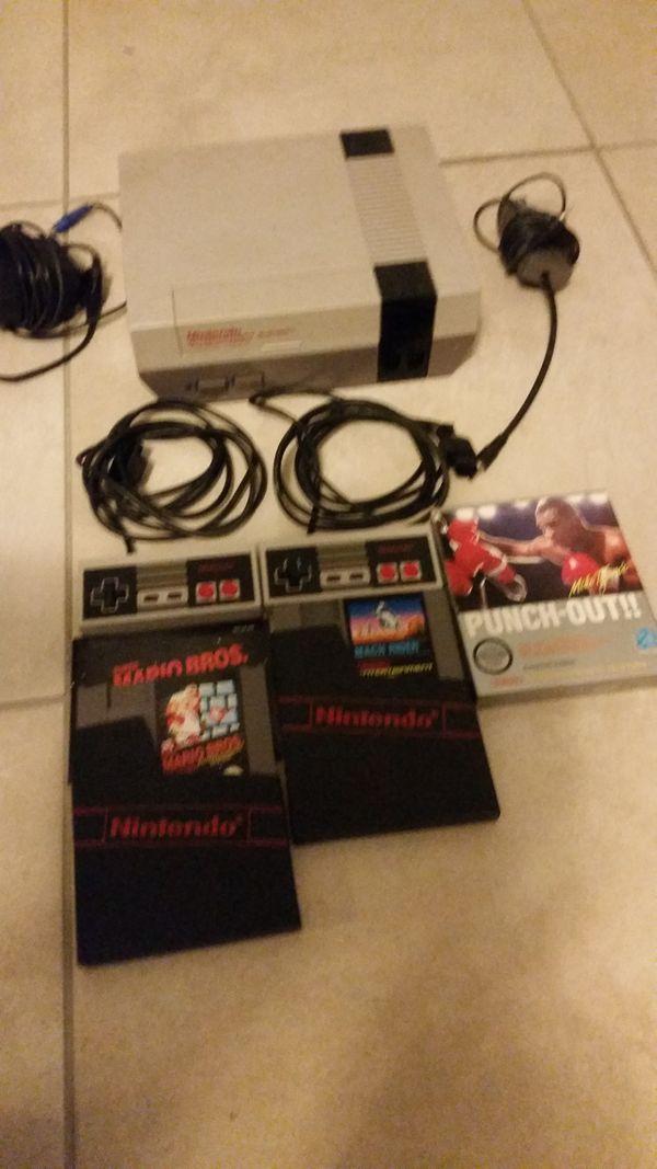 NES Spielkonsole mit Punch out