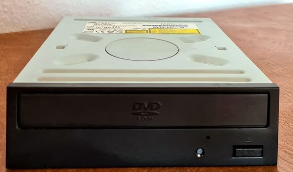 Hitachi LG HL Data Storage