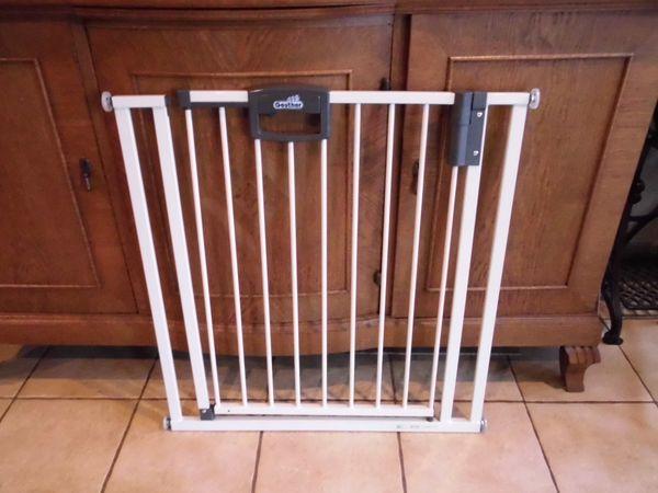 Kinder Treppenschutzgitter Absperrgitter Tür gesichert