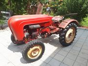 Oldtimer Traktor Porsche Junior 108