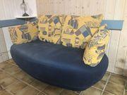 Zwei-Sitzer Sofa