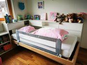 Tolles Kinderbett mit viel Abstellfläche