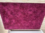 Großer Teppich in Magenta