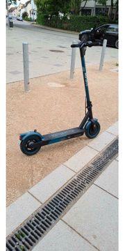E scooter roller Iconbit UND