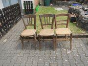 3 Holzstühle Sitzfläche geflochten
