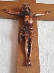 Altes Holzkreuz