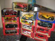 13 Modelautos 1 24 verschiedene