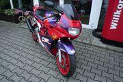 Honda CBR 600F PC25