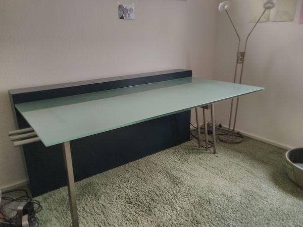 TOP Schreibtisch - viel zu schade