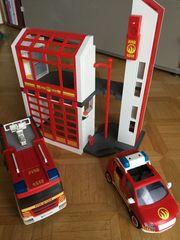 Playmobil Feuerwehrstation mit Fahrzeugen