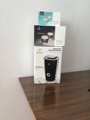 Elektrischer Milchaufschäumer mit 2 Kaffeebecher