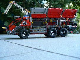 LEGO TECHNIK 42068 Flughafenlöschfahrzeug 2in1-Set: Kleinanzeigen aus Eggenstein-Leopoldshafen - Rubrik Spielzeug: Lego, Playmobil
