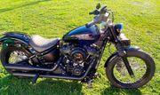 Harley Davidson Softail FXBB-M8-Schwarz-Jekill Hyde-Black