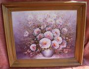 Blumenvasenbild im Holzstufenrahmen