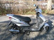 Roller KREIDLER 125ccm RMCF Scooter