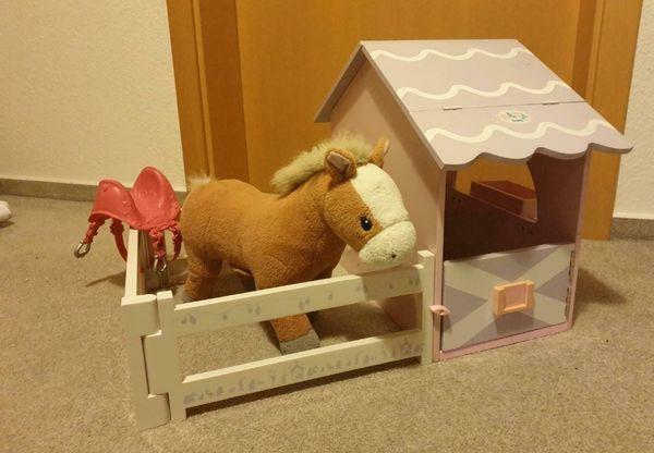 Baby Born Pferdestall mit Pferd