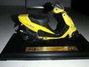 2 Malaguti F12 Roller