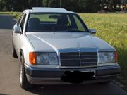 MERCEDES-BENZ E260 W124 Mopf Youngtimer