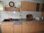 Küchenzeile mit Apothekerschrank - ohne E-Geräte
