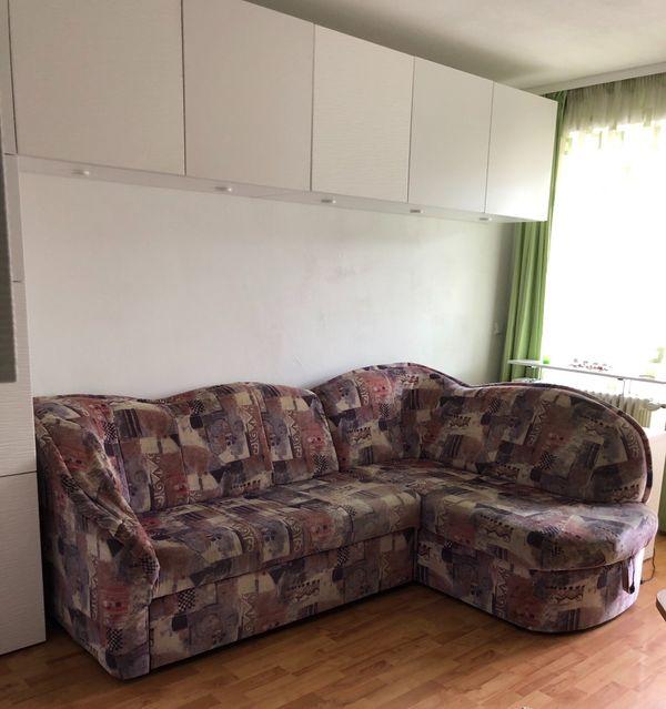 Couch mit Schlaffunktion und zwei
