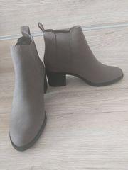 Deichmann Chelsea Boots grau schwarz
