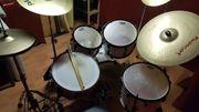 Pearl Schlagzeug mit Double-Bass und