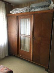 Kleiderschrank 3-flügelig mit Innenspiegel Antiquität
