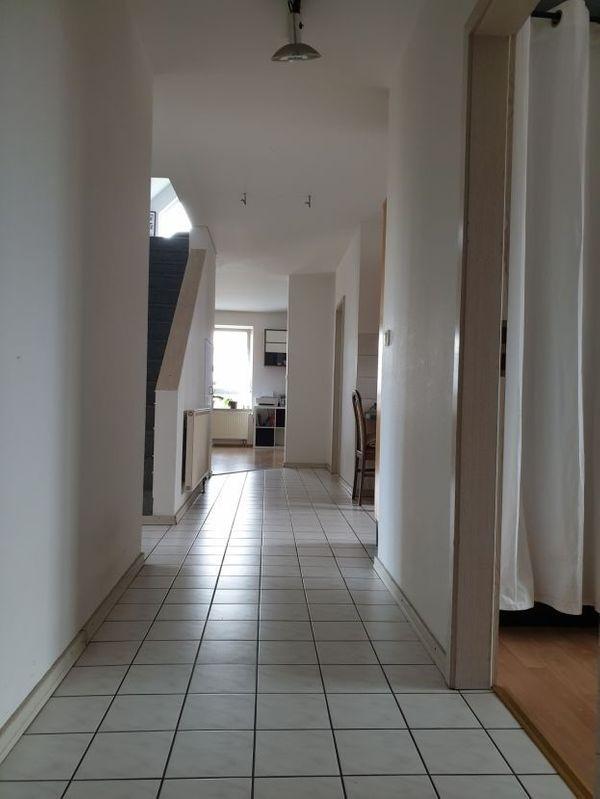 4 5-Zimmer-Maisonette-Wohnung im Rhein-Main-Gebiet Riedstadt