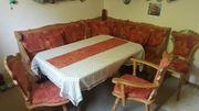 Eckbank Tisch Stühle Regale Eckkästchen