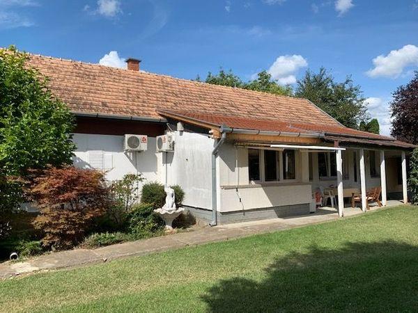 Ungarn Haus mit Pool südlich