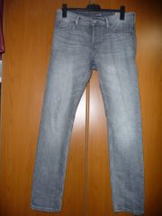 2 neuwertige Jeans Tom Tailer