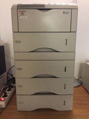 Laserdrucker mit vier Papierschächten Kyocera