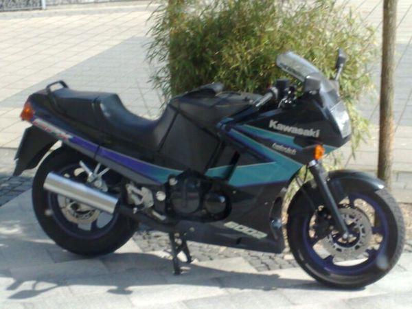 Kawasaki GPX 600 R technisch
