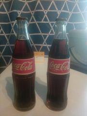 Alte coca cola Flaschen jahr