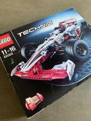 LEGO TECHNIC Grand Prix Racer