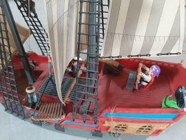 Spielzeug: Lego, Playmobil - Abenteuer-Piratenschiff Playmobil