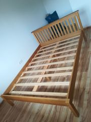 Doppelbett 200x150vinkl Lattenrost gut erhalten