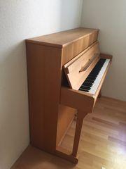 Rönisch Klavier 115K Erle