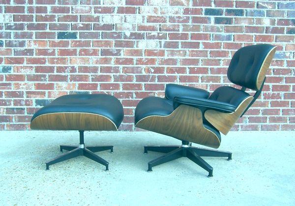 2000 Herman Miller Eames 670