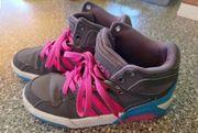 Adidas Schuhe Gr 32