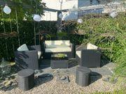 Moderne Gartenlounge