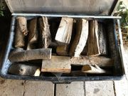 Grillholz abgelagert und unbehandelt